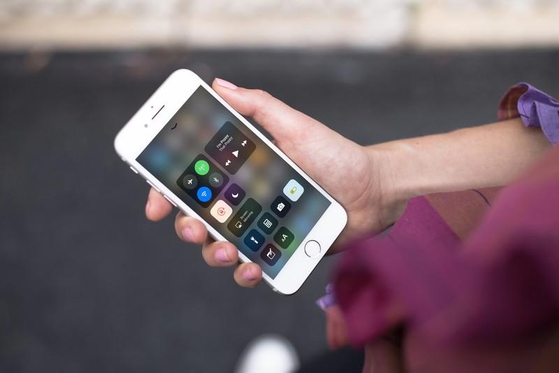 Apple добавила подсказки про «ложные» выключатели Bluetooth иWi-Fi впункте управления