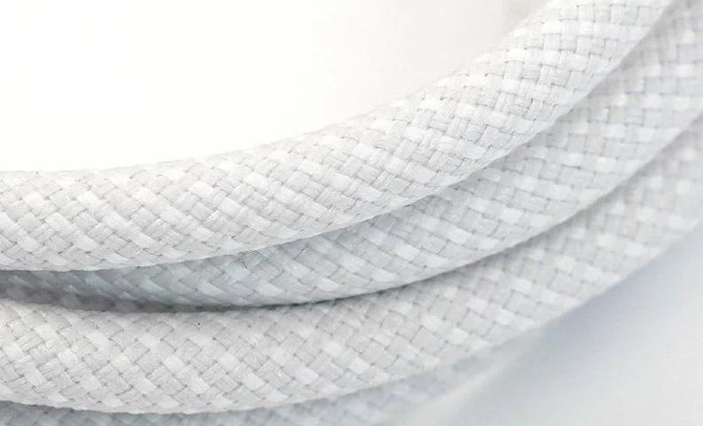 Зарядный кабель iPhone 12 получит тканевую оплетку