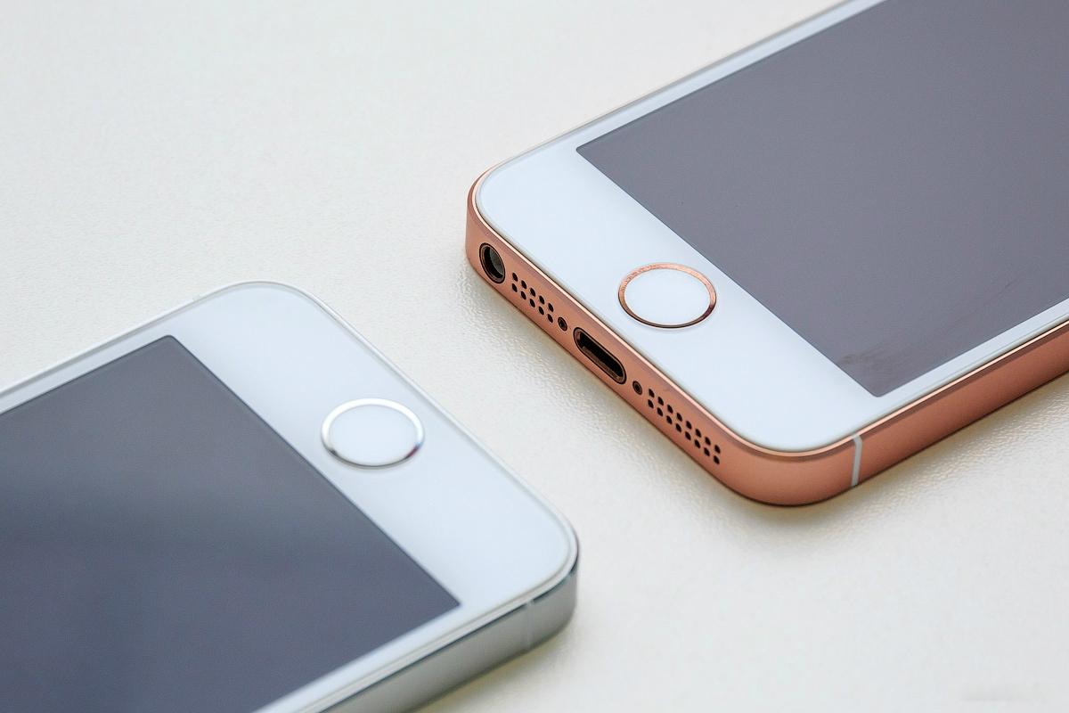 Владельцы первого iPhone SEбольше всех пользователей iOS довольны своим смартфоном