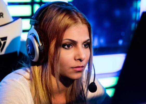 DreamHack проведет турнир поCS:GOтолько для женщин. Винтернете уже раскритиковали это решение