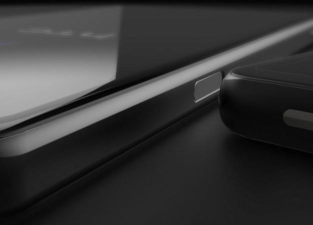 А вот и первые фотографии HTC U12. Кто-нибудь, разденьте этот смартфон!