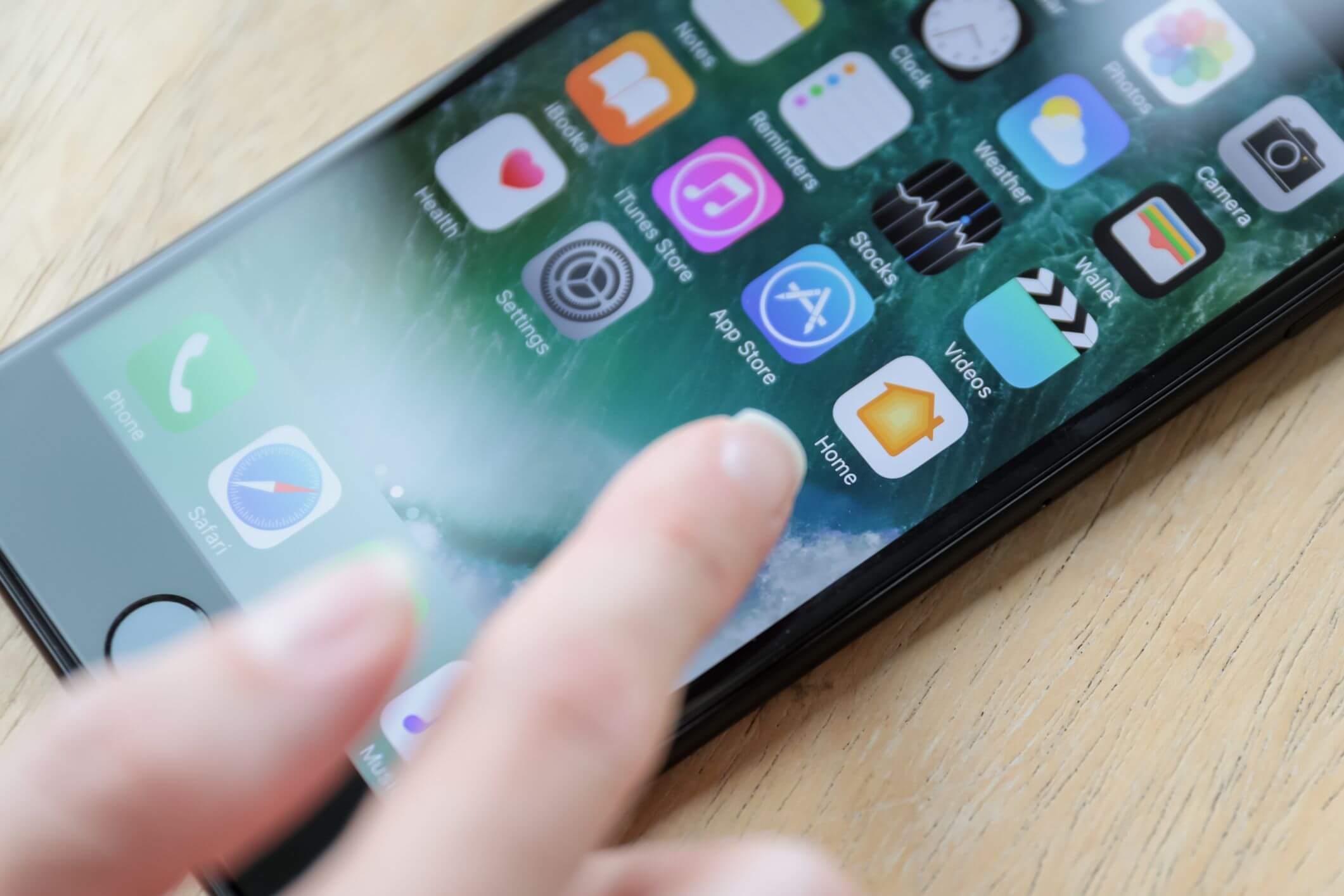 СМИ: Apple подумывает добавить всвоих гаджеты возможность выбора приложений поумолчанию