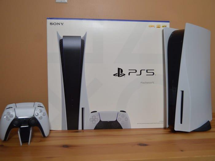 На eBay будут бороться с продажей пустых коробок от PlayStation 5
