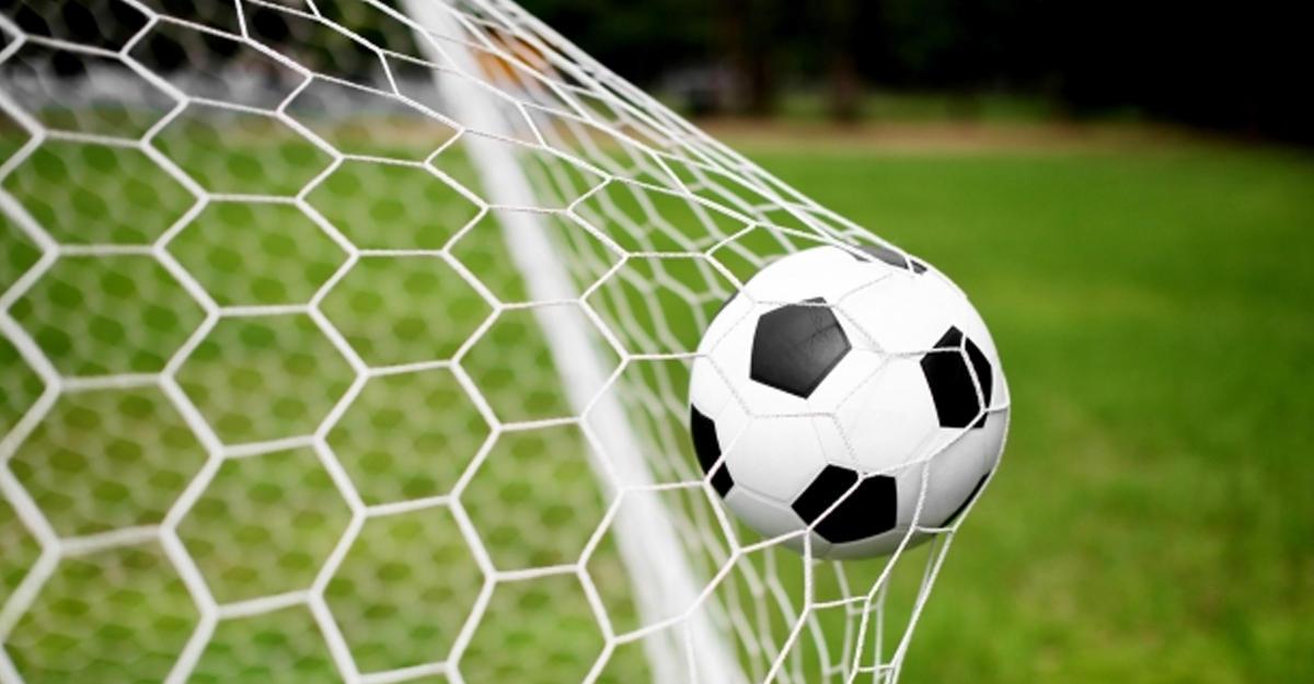 Мир полюбил белорусский футбол. Все из-за пандемии иназвания клуба Slutsk