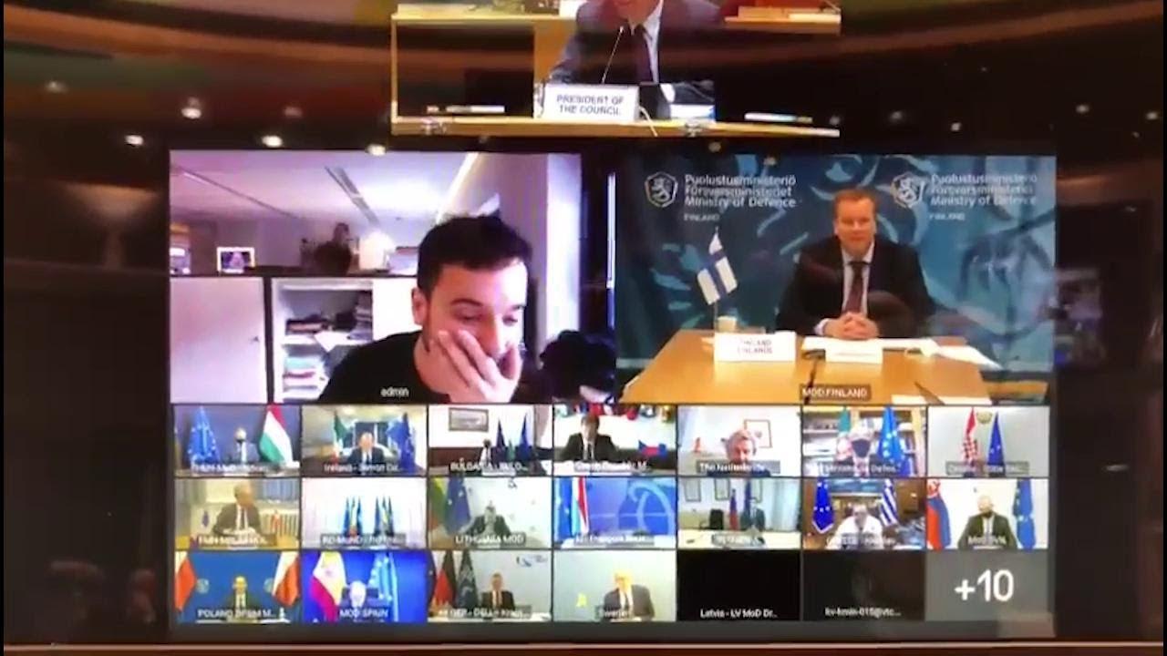 Журналист случайно попал насекретное собрание министров обороны Евросоюза