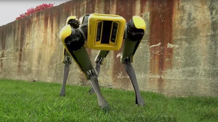Компактный и желтый! Boston Dynamics представила обновленную версию робота SpotMini