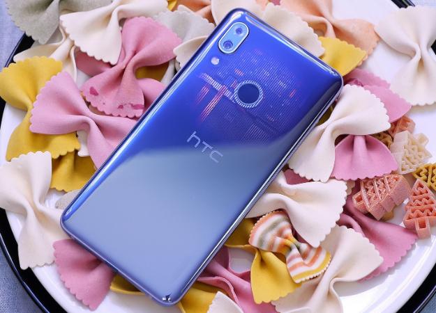 HTC представила смартфоны Desire 19+иU19e: скромные камерофоны сзавышенными ценниками