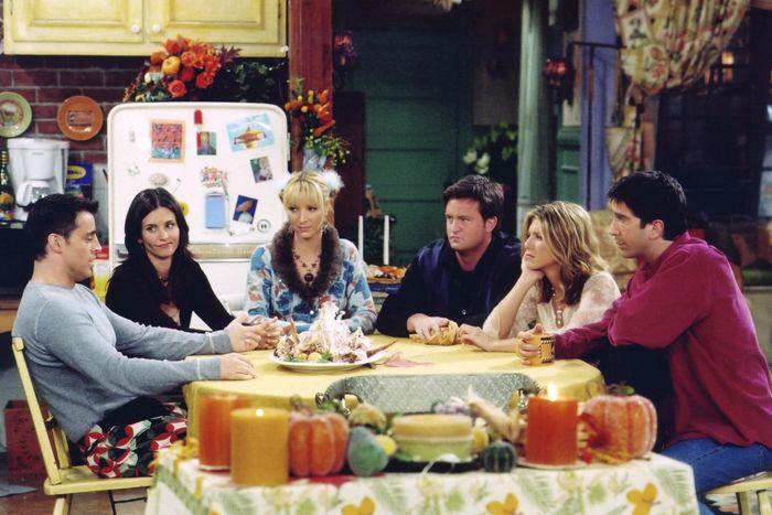 Обедаем как «Друзья»: появился список всех приемов пищи за 10 сезонов сериала