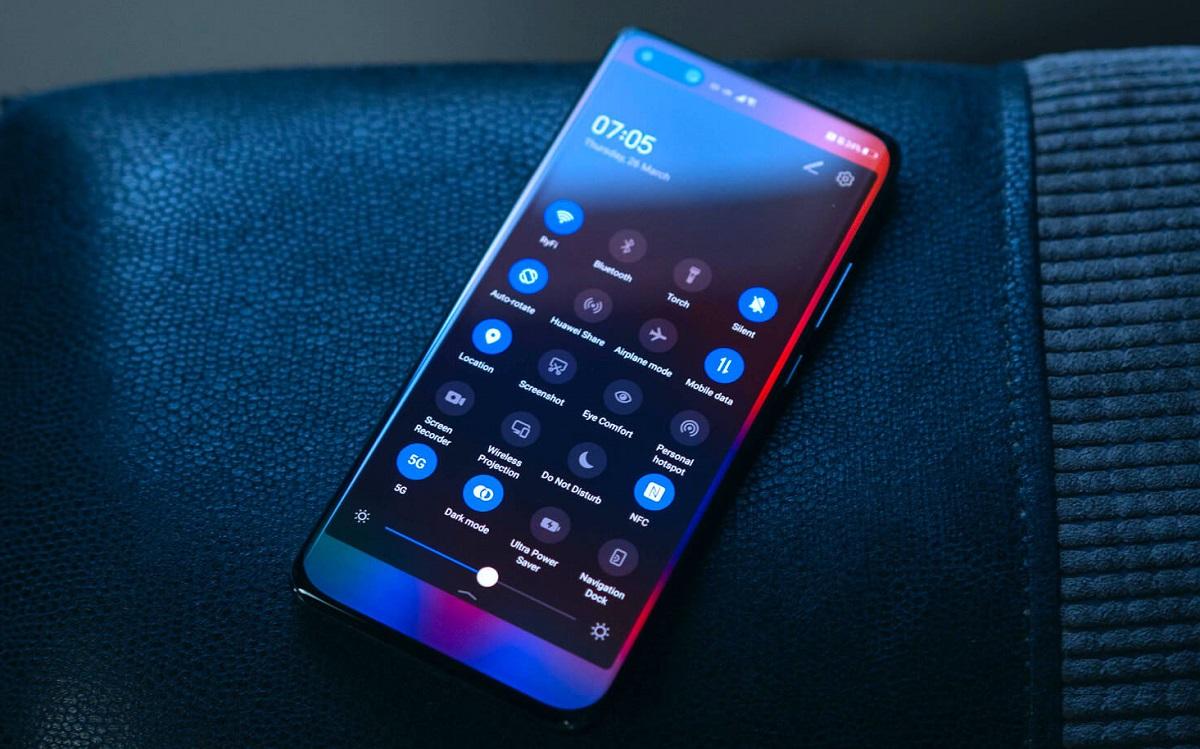 13 смартфонов Huawei иHonor начали обновляться достабильной версии EMUI 10.1