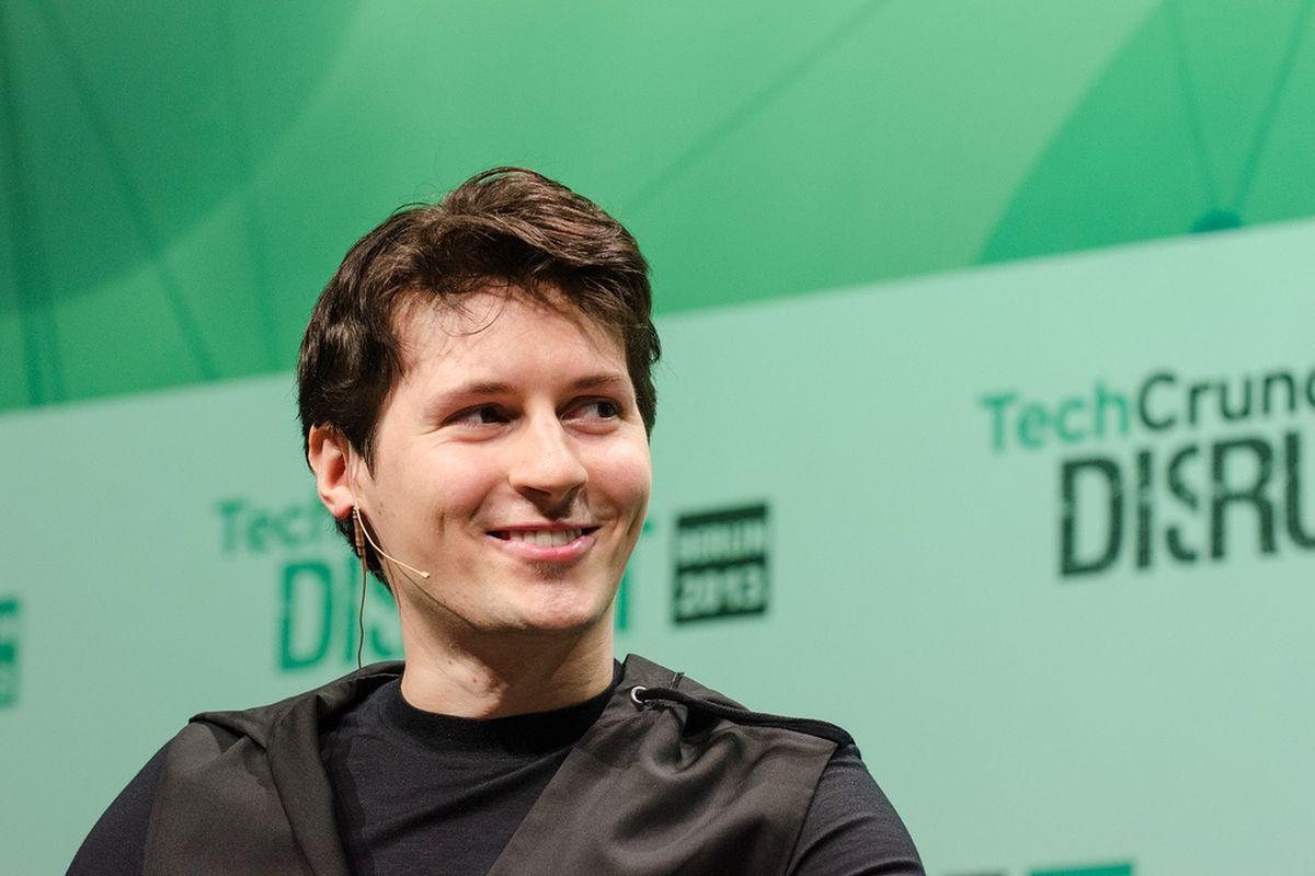 Павел Дуров призвал удалить WhatsApp из-за уязвимости