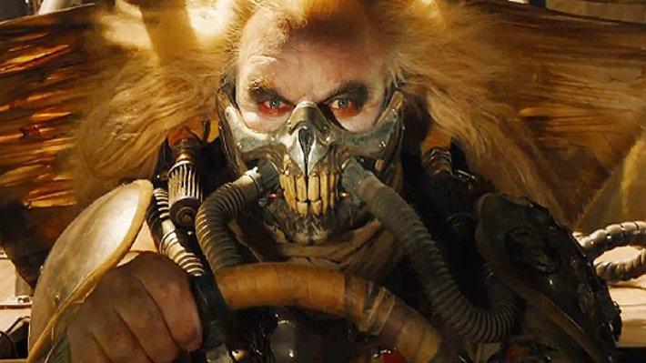 Умер актер Хью Кияс-Берн. Ониграл Несмертного Джо вфильме «Безумный Макс: Дорога ярости»
