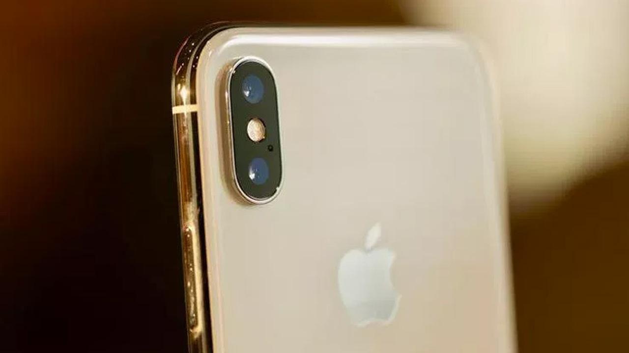 Слабовидящая девушка показала уникальные функции iPhone, которые облегчают ейжизнь
