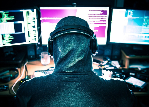 Подросток взломал Apple, надеясь, что компания предложит ему работу