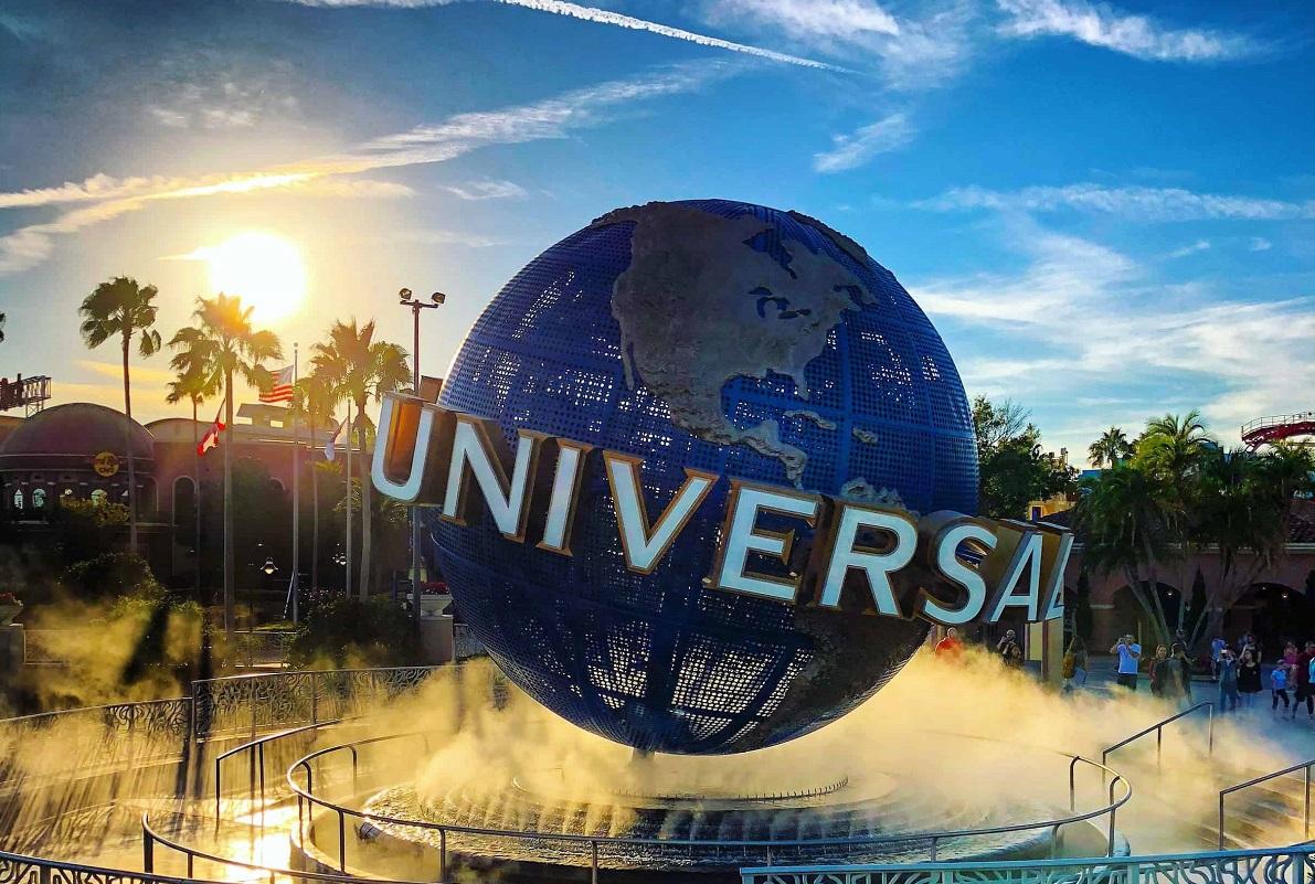 Историческая сделка: Universal сможет выпускать фильмы онлайн через 3 недели проката вкинотеатрах