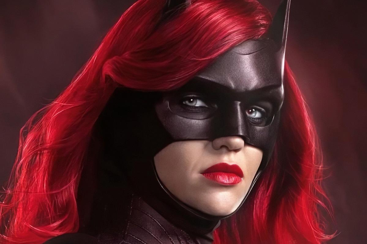 Руби Роуз покинула «Бэтвумен». Вновом сезоне будет другая актриса