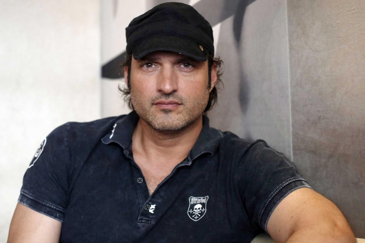 СМИ: Роберт Родригес всеже стал режиссером второго сезона «Мандалорца»