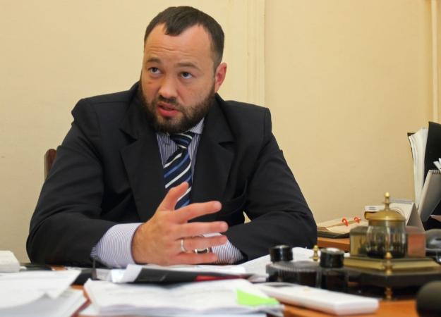Навальный неявился набаттл сдепутатом «Единой России», поэтому тот зачитал против коробки
