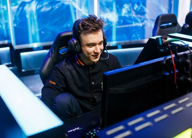 ​Virtus.pro стали чемпионами ЛКЛ по League of Legends!