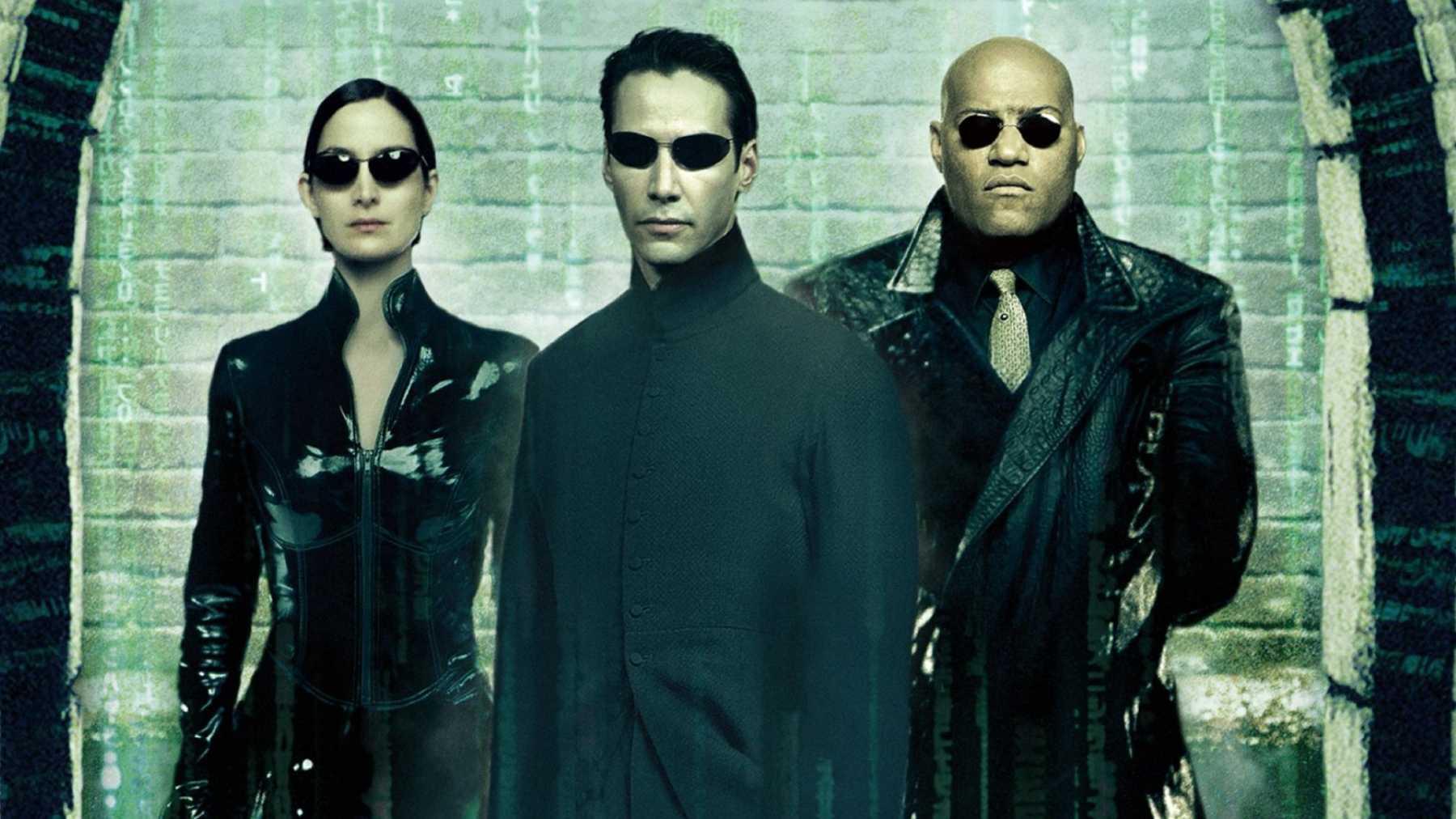 Похоже, Киану Ривз идругие актеры вернулись ксъемкам «Матрицы4»