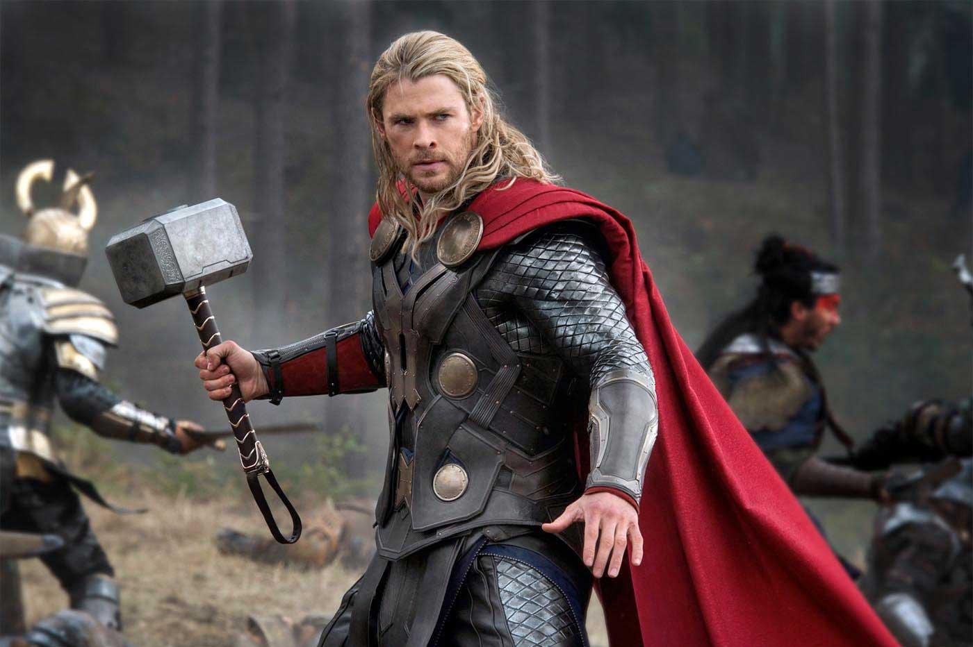 Крис Хемсворт показал, что забрал сосъемок фильмов Marvel. Ипохвалил сценарий нового «Тора»