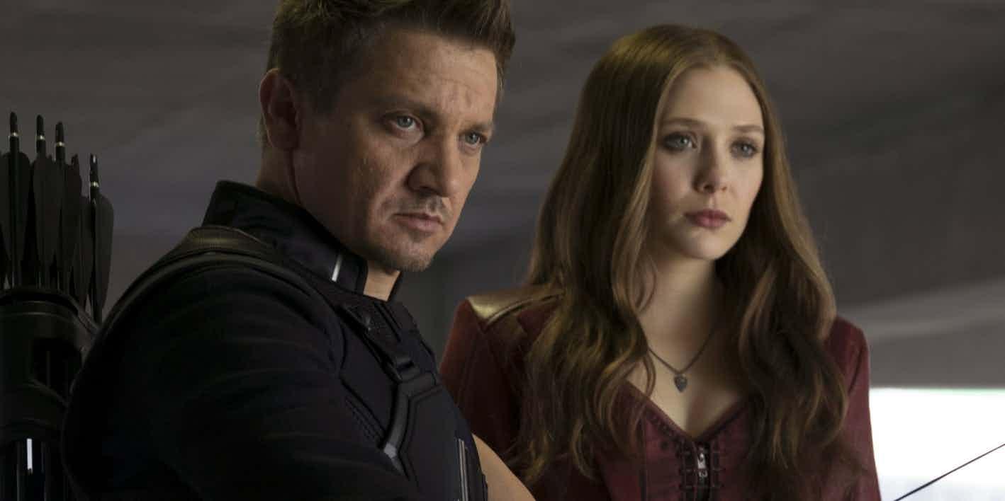 Новые фото: Алая ведьма и Соколиный глаз на съемках «Мстителей 3»