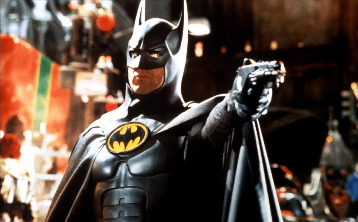 СМИ: Майкл Китон ведет переговоры овозвращении кроли Бэтмена