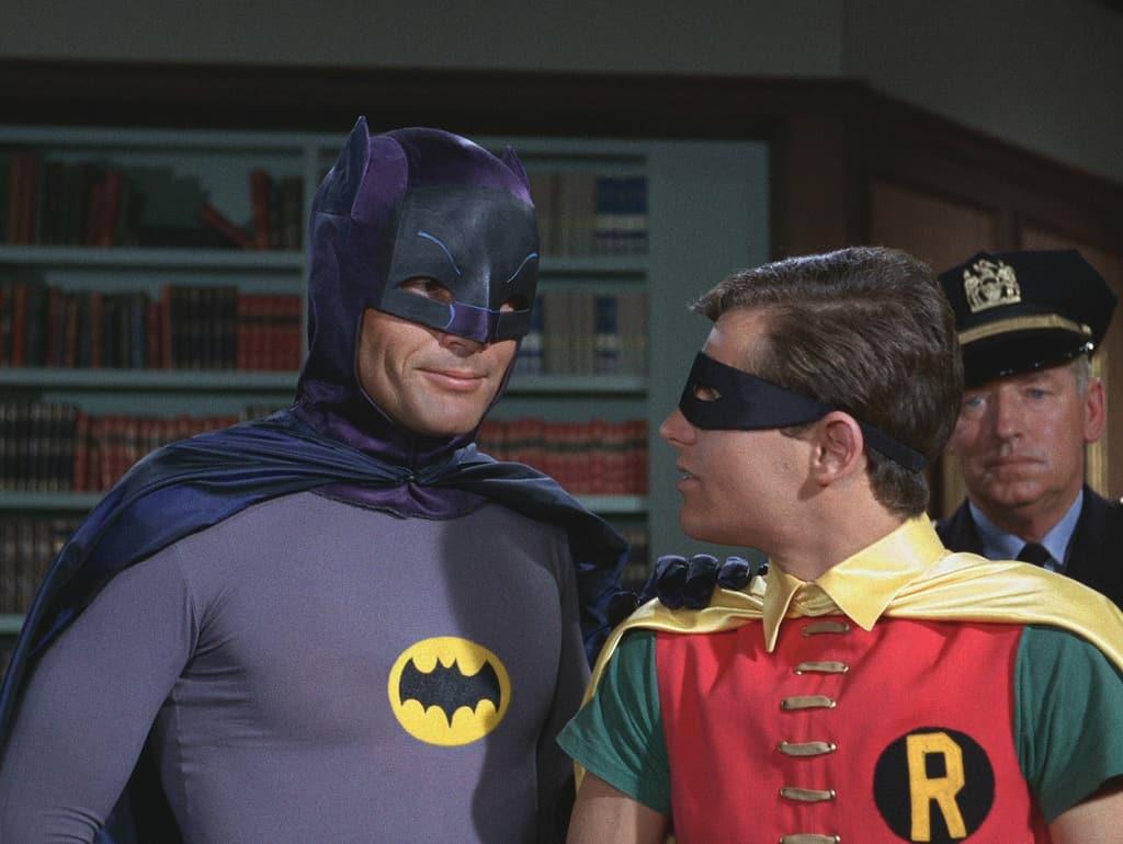 Робину всериале «Бэтмен» 1960-х годов давали таблетки для уменьшения пениса