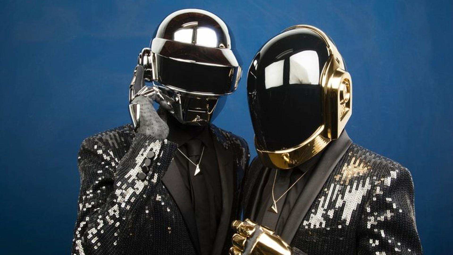 Нейросеть создала очень необычный клип на песню Daft Punk