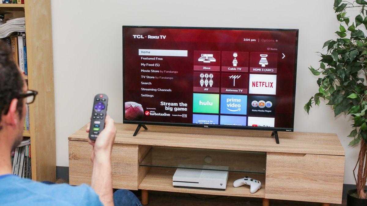 TCL представила пару бюджетных смарт-телевизоров наAndroidTV. Цены от9000 рублей