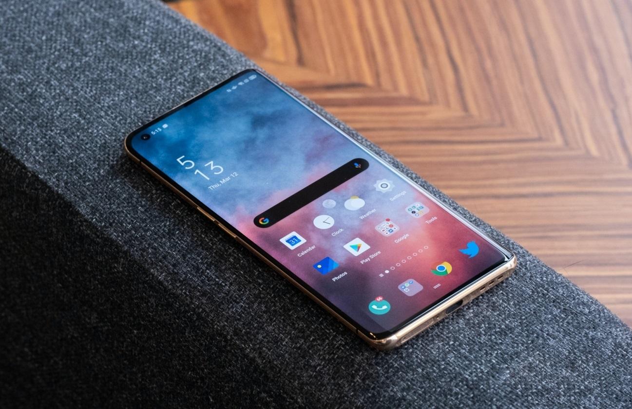 AnTuTu опубликовал июльский рейтинг самых мощных Android-смартфонов