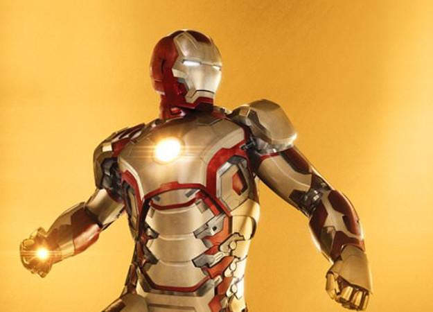 «Больше, чем костюм». Посмотрите на юбилейные постеры «Мстителей» от Marvel!