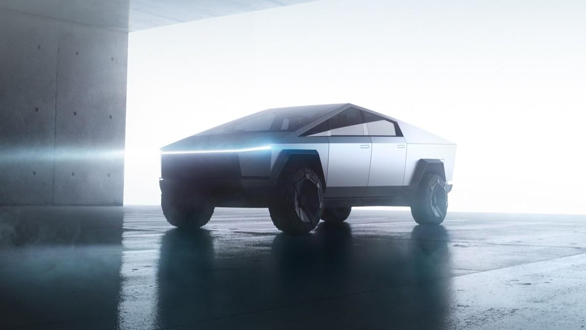 Илон Маск заявил, что дизайн грузовика CyberTruck получит обновление