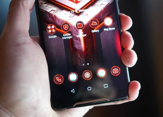 Раскрыта точная дата анонса ицена игрового смартфона Asus ROG Phone2
