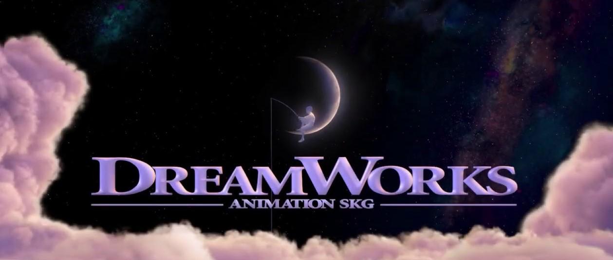 Стал известен размер мальчика на Луне с заставки DreamWorks. Он оказался огромным