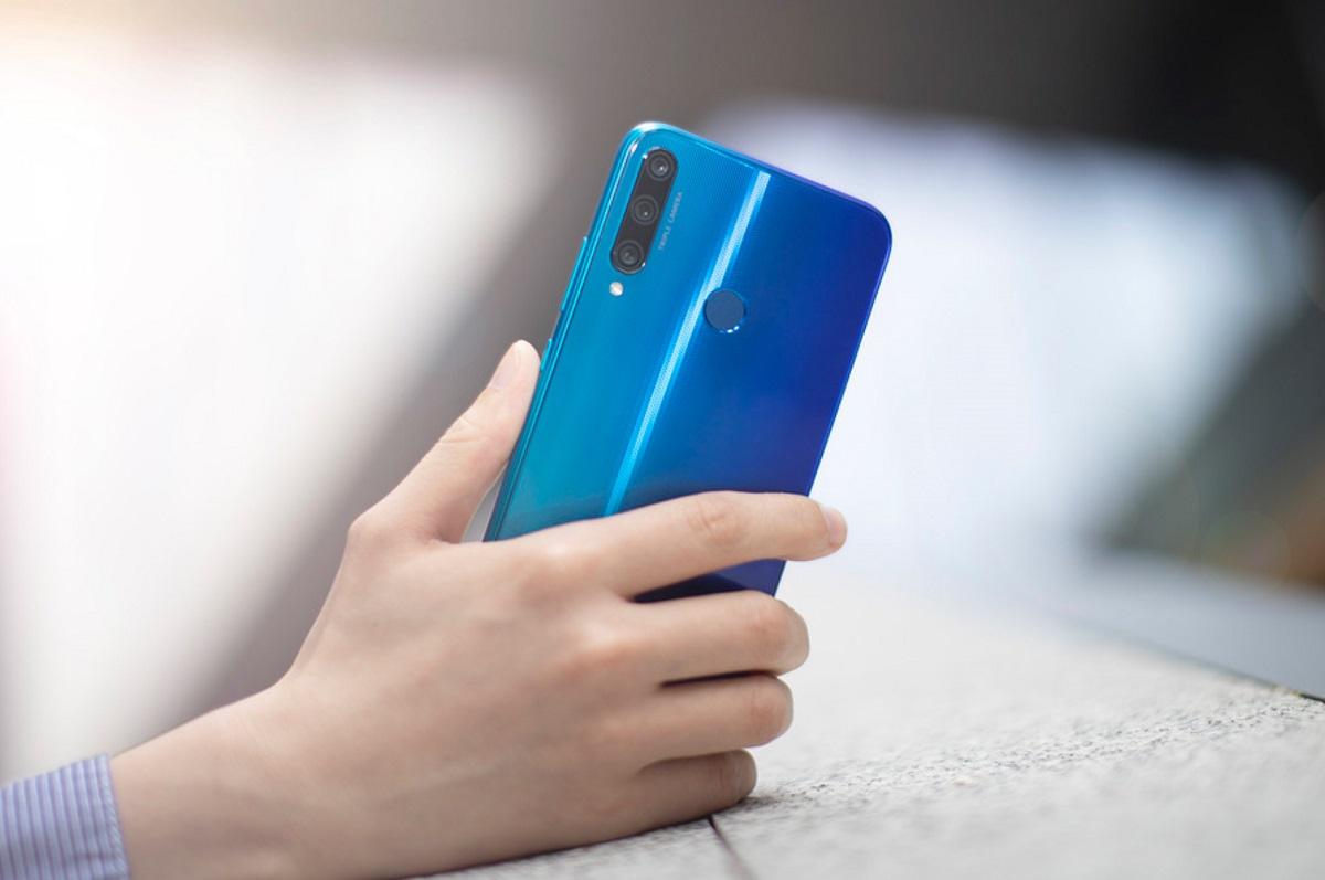 ВРоссии вышли три новых бюджетных смартфона Honor 9C, 9A и9S