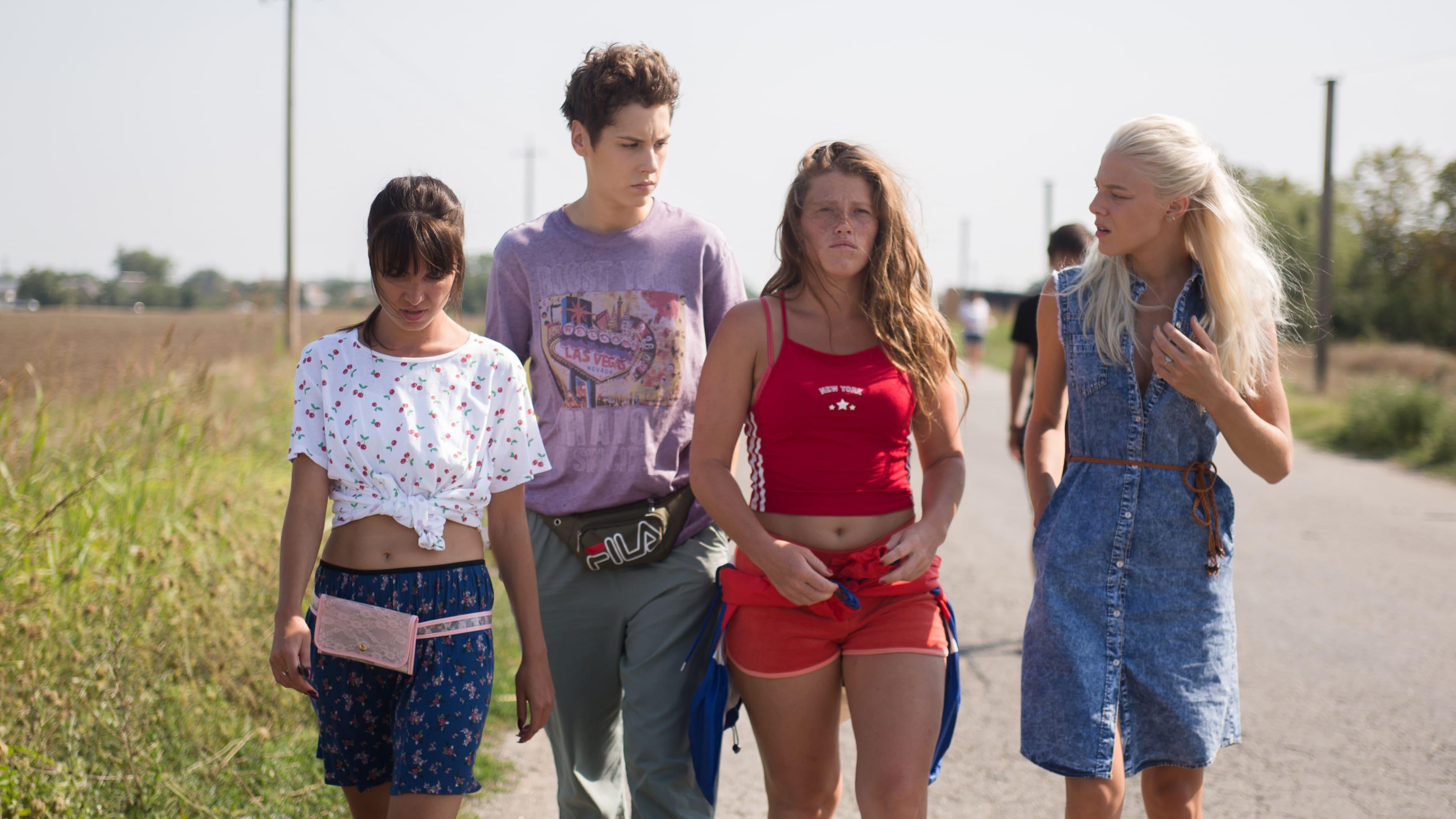 Гостями Comic Con Russia 2020 станут создатели сериалов «Трудные подростки» и«Чики»