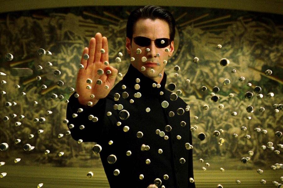 Брэду Питту предлагали сыграть в «Матрице» одного из героев. Похоже, он отказался от роли Нео