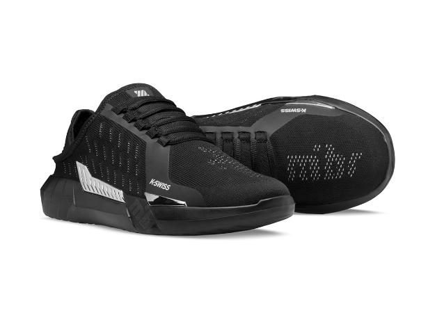 Так выглядят первые в мире киберспортивные кроссовки. Их можно носить как тапочки