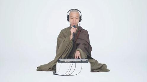 Ловите дзен: буддийских монах записывает битбокс-сеты для медитации