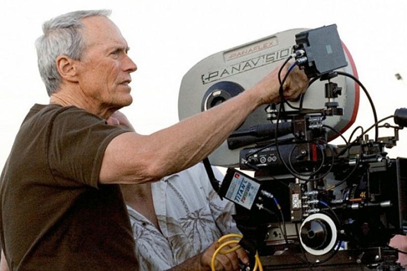 Клинт Иствуд снимет фильм по роману «Мужские слезы»