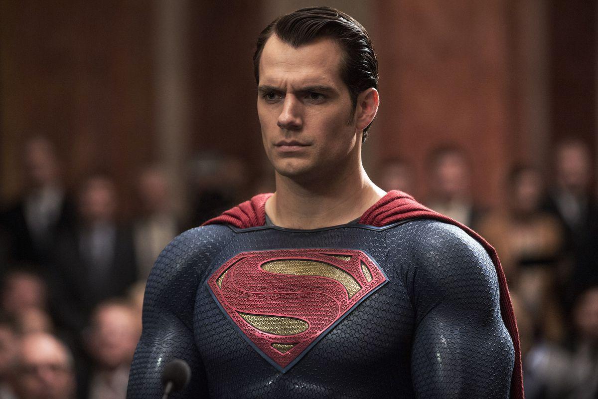 Нейросеть улучшила безусого Супермена в«Лиге Справедливости»