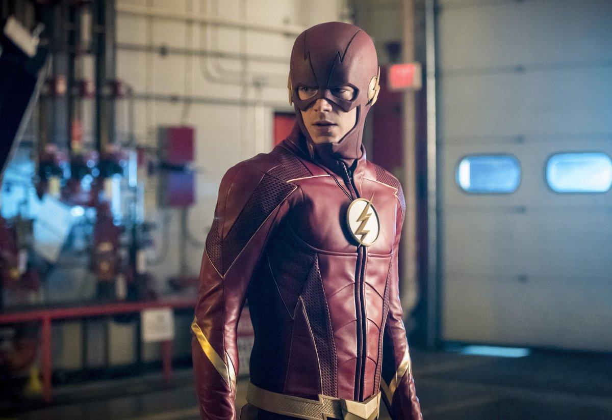 Первые кадры сновым костюмом Флэша изсериала CW