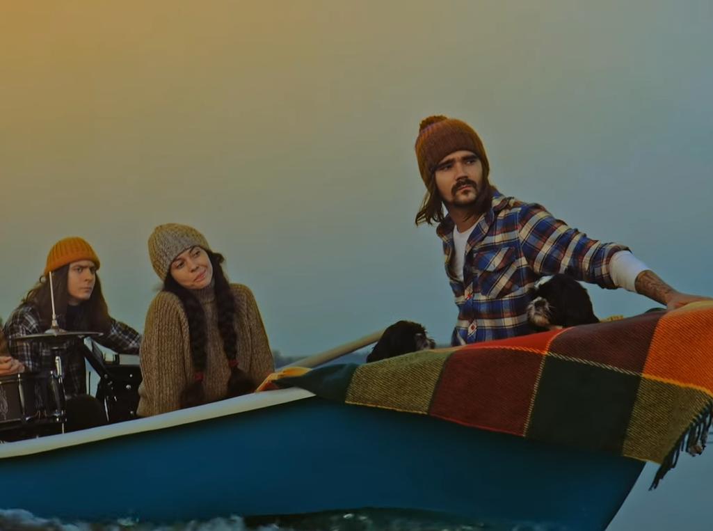 Пикник икупание голышом: The Hatters представили атмосферный клип «Яделаю шаг»