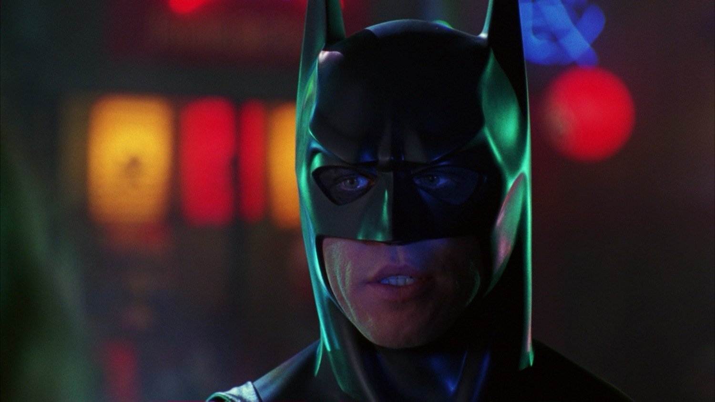 Всети требуют показать режиссерскую версию «Бэтмен навсегда»
