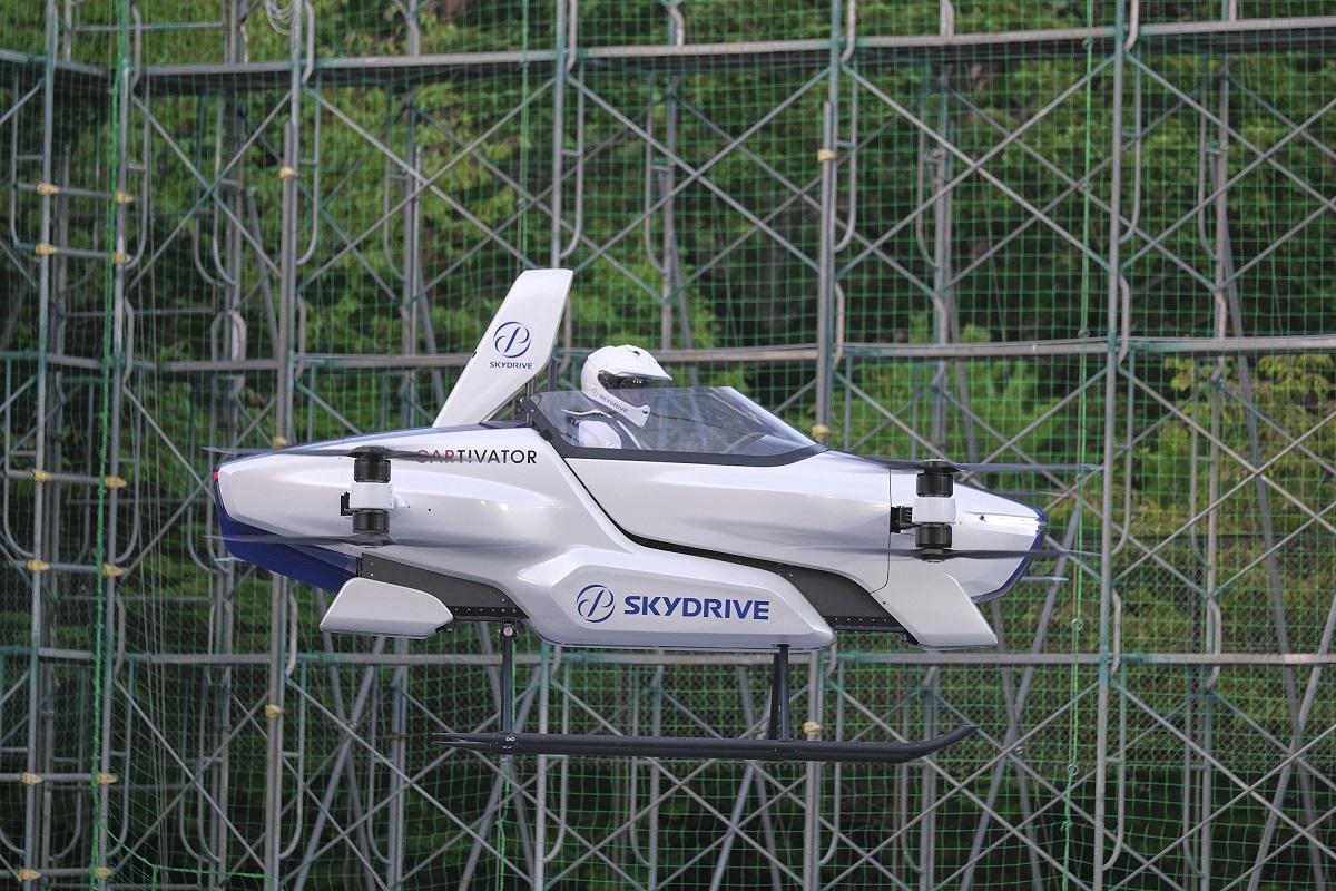 Стартап SkyDrive иToyota провели первые испытания летающего электромобиля