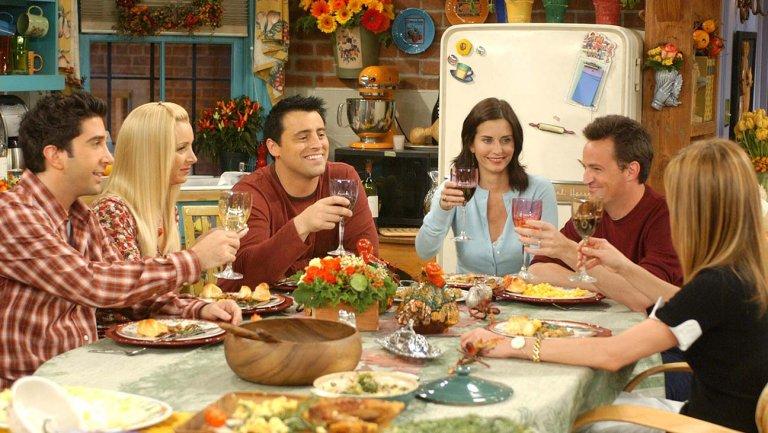 Актеры из«Друзей» приглашают фанатов насъемки нового эпизода. Вобмен напожертвования
