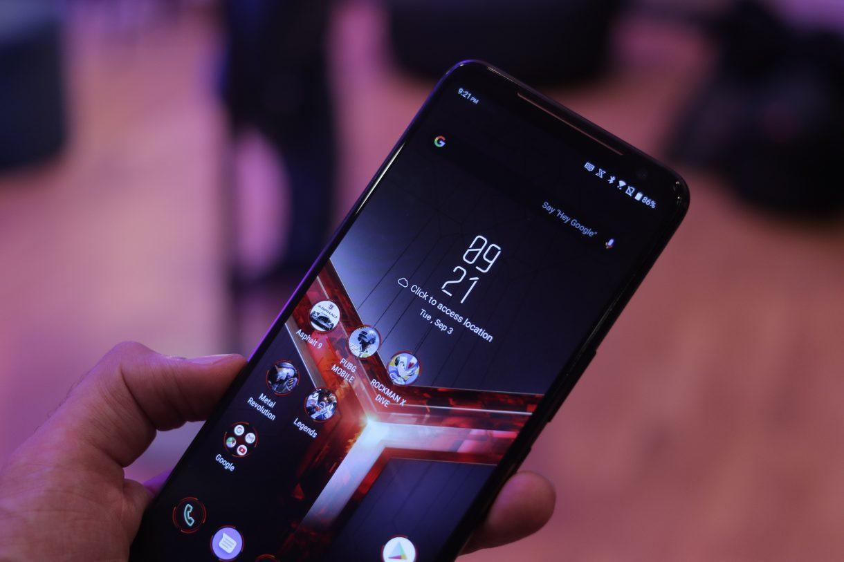 AnTuTu назвал самые производительные флагманы ноября исамые мощные смартфоны среднего уровня