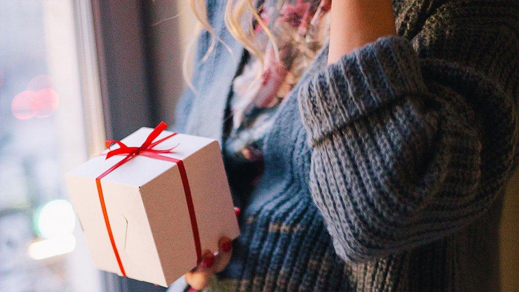 Что подарить на 8 марта? 10 необычных подарков с AliExpress