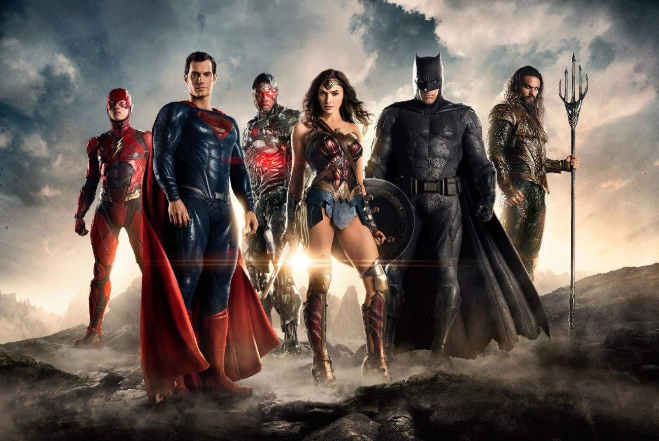BossLogic представил постер режиссерской версии «Лиги Справедливости»
