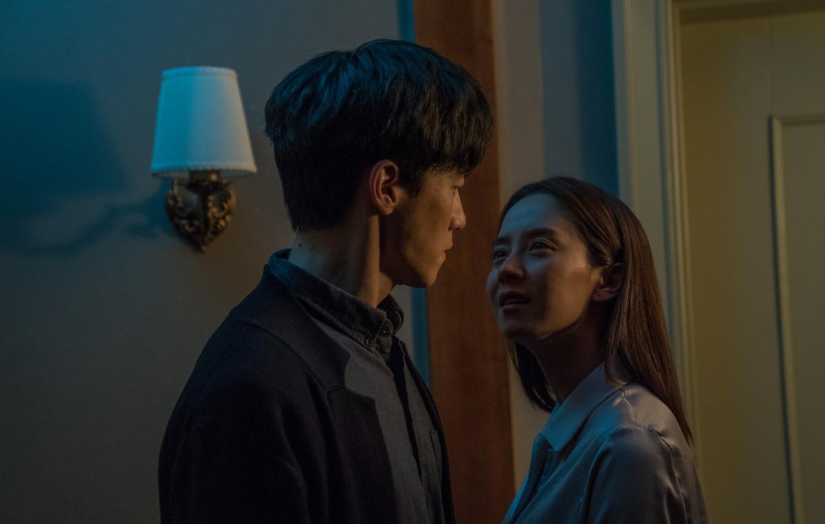Детская травма итаинственная сестра: смотримтрейлер корейского триллера «Незваный гость»